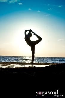 dancer_pose_yoga_silhouette_sunset