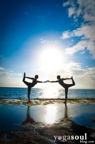 dancer_pose_yoga_silhouette_sunset_asana